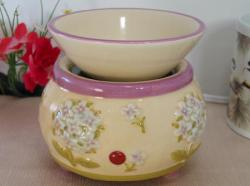 Little White Flowers Tart Warmer